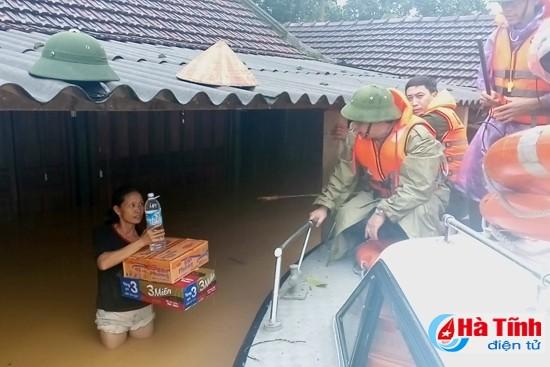 Provinzen wappnen sich gegen den Wirbelsturm Sarika - ảnh 1
