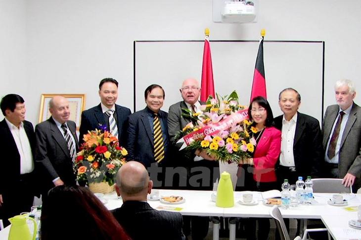 Deutsch-vietnamesische Gesellschaft verstärkt Beziehungen beider Länder - ảnh 1