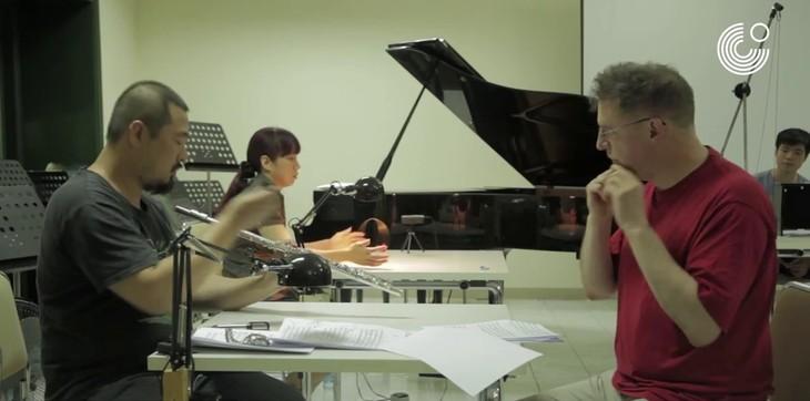 Deutscher Professor bringt Musiktheater nach Vietnam - ảnh 1
