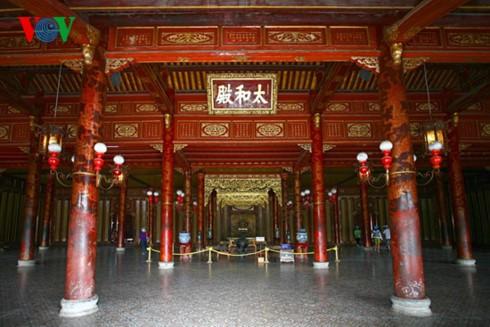 Literatur zur königlichen Architektur in Hue - ảnh 1