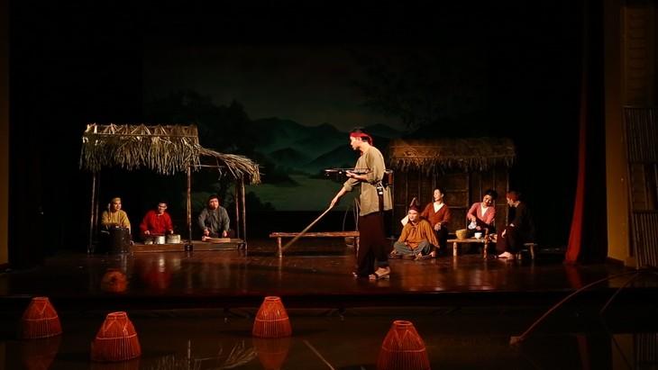 """Programm """"Seele des vietnamesischen Dorfes"""" bringt Zuschauer zu folkloristischer Musik - ảnh 1"""