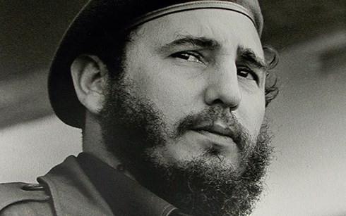 ກູບາ ອາໄລຫາ 1 ປີແຫ່ງວັນຜູ້ນຳປະຕິວັດ Fidel Castro ເຖິງແກ່ມໍລະນະກຳ - ảnh 1