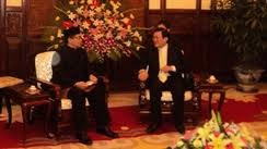 Staatspräsident Truong Tan Sang empfängt in Hanoi Botschafter der Länder - ảnh 1