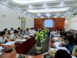 Wirtschaftsausschuss des Parlaments tagt in Hanoi - ảnh 1