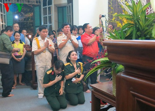 104. Geburtstag des Generals Vo Nguyen Giap an der Hoang Dieu Straße 30 - ảnh 6
