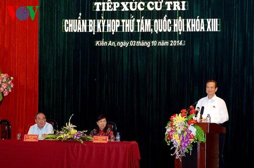 Premierminister Nguyen Tan Dung trifft Wähler in Hai Phong - ảnh 1