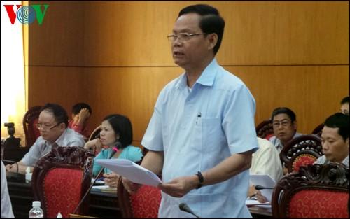 Abgeordnete machen Vorschläge zum Bericht über Bearbeitung der Beschwerden und Anzeigen der Bürger - ảnh 1