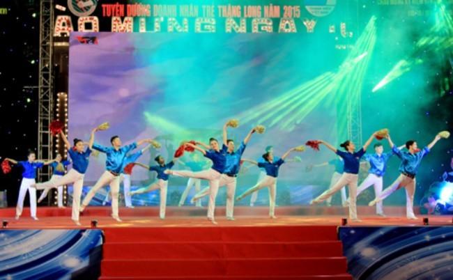 Aktivitäten zum 61. Jahrestag der Beffreiung Hanois - ảnh 1
