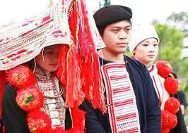 Sitten bei der Hochzeit der Nung - ảnh 1