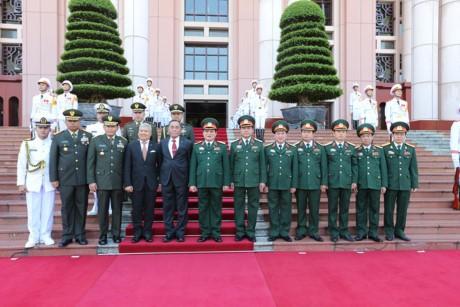 Staatspräsident Tran Dai Quang empfängt indonesischen Verteidigungsminister - ảnh 1