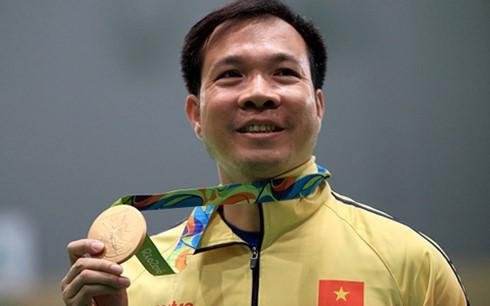 Hoang Xuan Vinh gehört zu Top 10 bei den Olympischen Spielen - ảnh 1