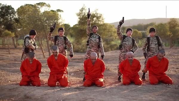 Video über Hinrichtung von kurdischen Gefangenen durch IS-Kinder - ảnh 1