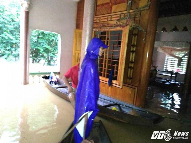 Überflutungen in Zentralvietnam - ảnh 3