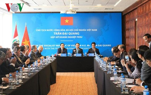 Vietnam verpflichtet sich, peruanische Unternehmer bei Investitionen in Vietnam zu unterstützen - ảnh 1