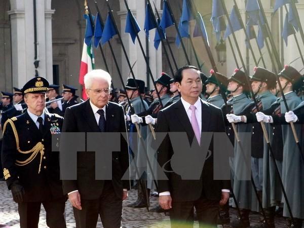 Staatspräsident Tran Dai Quang nimmt am Unternehmerforum zwischen Italien und Vietnam teil - ảnh 1