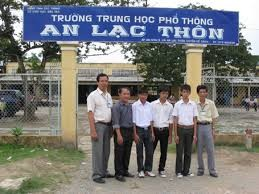 Oberschule An Lac Thon fördert die Liebe zur Wissenschaft - ảnh 1
