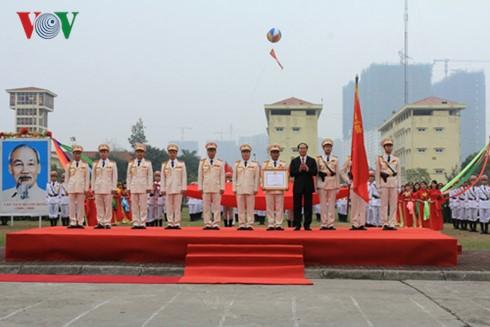Staatspräsident Tran Dai Quang nimmt an Feier zum Gründungstag der Spezialeinheit der Polizei teil - ảnh 1