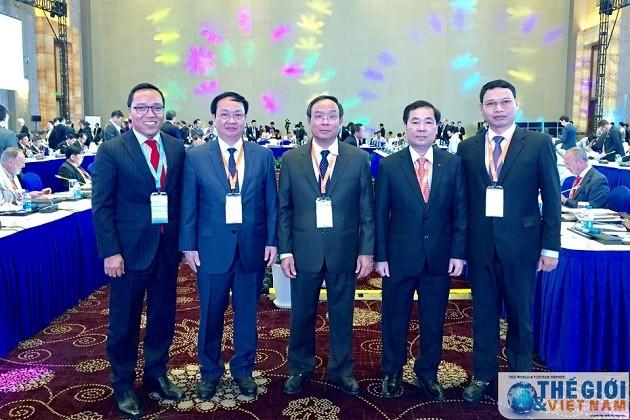 Vietnam nimmt am Forum der Bürgermeister weltweit teil - ảnh 1