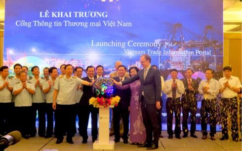 Eröffnung des Internet-Portals für Handelsinformationen Vietnams - ảnh 1