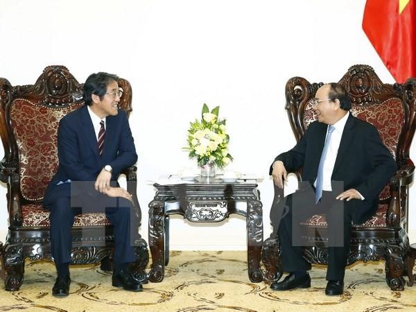 Premierminister Nguyen Xuan Phuc empfängt Japans Botschafter in Vietnam - ảnh 1