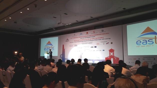 Wertvolle Erfahrungen für Vietnam bei Konferenz über Verkehr in Ostasien - ảnh 1