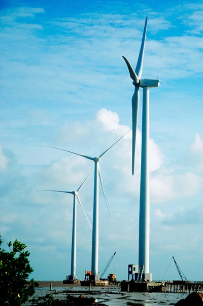 การใช้พลังงานหมุนเวียนเพื่อพัฒนาเศรษฐกิจ - ảnh 1