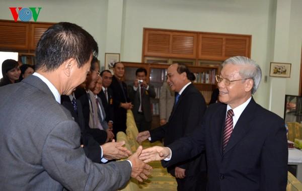 ภารกิจของท่าน เหงวียนฟู้จ๋อง เลขาธิการใหญ่พรรคคอมมิวนิสต์เวียดนามในประเทศไทย - ảnh 3