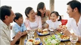กิจกรรมต่างๆเพื่อขานรับวันครอบครัวเวียดนาม 28 มิถุนายน  - ảnh 1