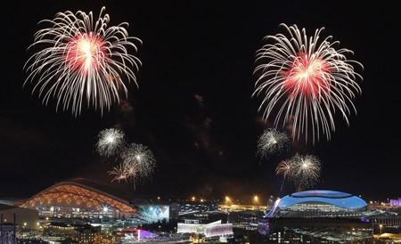 การแข่งขันกีฬาโอลิมปิกฤดูหนาวโซจี 2014ได้เปิดขึ้นแล้ว - ảnh 1