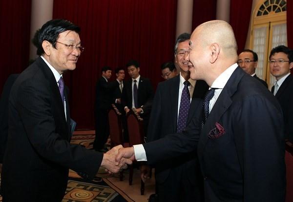 ท่าน เจืองเติ๊นซาง ประธานประเทศให้การต้อนรับคณะผู้แทนสมาพันธ์ผู้ประกอบการญี่ปุ่นประจำเวียดนาม - ảnh 1