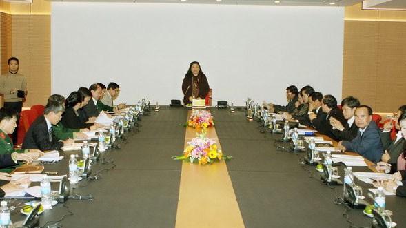 รองประธานรัฐสภา ต่องถี่ฟ้อง เป็นประธานการประชุมของคณะกรรมการจัดการประชุม IPU  - ảnh 1