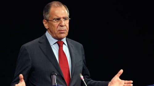 รัฐมนตรีต่างประเทศรัสเซีย -ไม่ควรสร้างแรงกดดันต่อยูเครนให้ต้องเลือกรัสเซียหรือฝ่ายตะวันตก - ảnh 1