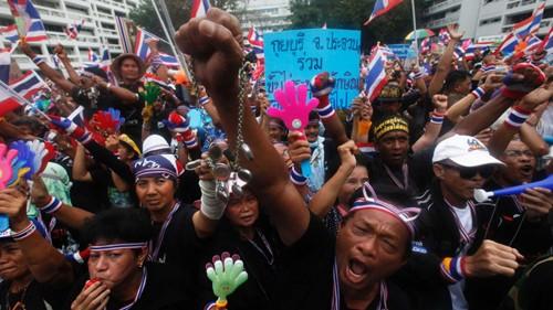 เลขาธิการใหญ่สหประชาชาติเรียกร้องให้จัดการสนทนาเพื่อแก้ไขวิกฤตในไทย - ảnh 1
