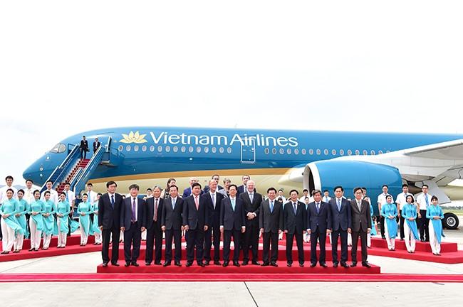 เวียดนามแอร์ไลน์เป็นสายการบินแรกของเอเชียที่ได้รับเครื่องบินแอร์บัส A350-900 - ảnh 1