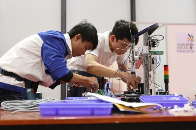 เวียดนามมีส่วนร่วมสร้างสรรค์ประชาคมวัฒนธรรมสังคมอาเซียน - ảnh 2