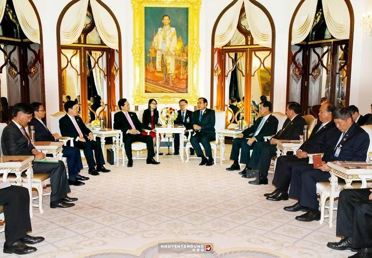 การเจรจาและการประชุมคณะรัฐมนตรีร่วมระหว่างเวียดนาม-ไทย - ảnh 2
