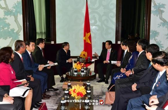 รัฐบาลเวียดนามอำนวยความสะดวกเพื่อให้นักลงทุนต่างประเทศลงทุนในเวียดนาม  - ảnh 1