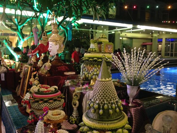 ความงามของงานลอยกระทงในกรุงฮานอย - ảnh 1