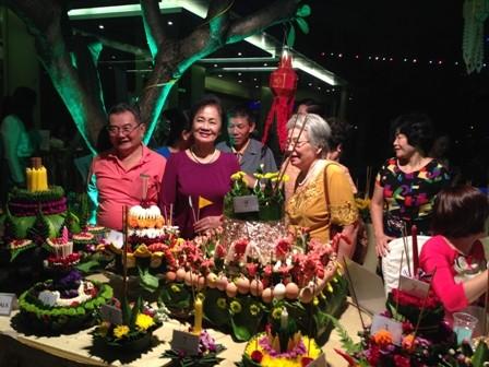 ความงามของงานลอยกระทงในกรุงฮานอย - ảnh 4