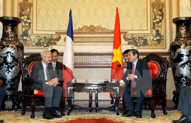 นครโฮจิมินห์จะขยายความสัมพันธ์กับท้องถิ่นต่างๆของฝรั่งเศส - ảnh 1