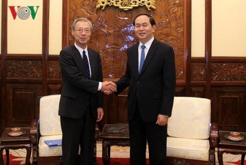 ประธานประเทศ เจิ่นด่ายกวาง ให้การต้อนรับประธานและบรรณาธิการใหญ่สำนักข่าว Kyodo News - ảnh 1
