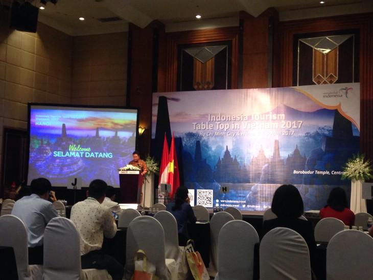 อินโดนีเซียผลักดันการประชาสัมพันธ์การท่องเที่ยวในเวียดนาม - ảnh 2