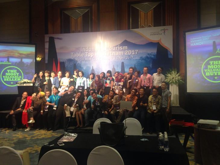 อินโดนีเซียผลักดันการประชาสัมพันธ์การท่องเที่ยวในเวียดนาม - ảnh 1