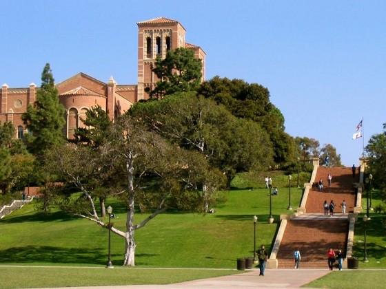 ผลักดันความร่วมมือระหว่างมหาวิทยาลัยแห่งชาตินครโฮจิมินห์กับมหาวิทยาลัยแคลิฟอร์เนียและลอสแอนเจลิส  - ảnh 1