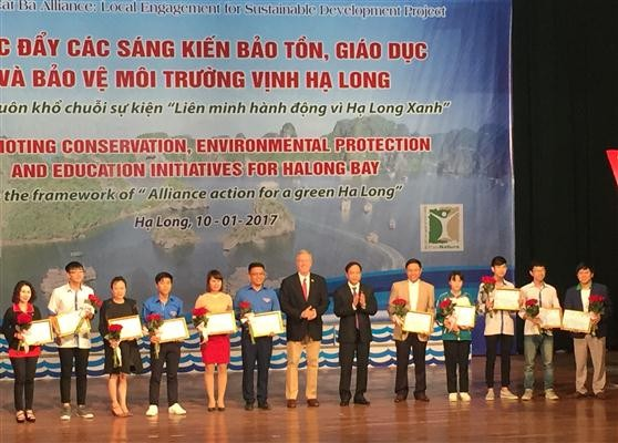 Initiatives to preserve Ha Long Bay promoted - ảnh 1