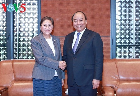 PM welcomes Laos' top legislator - ảnh 1