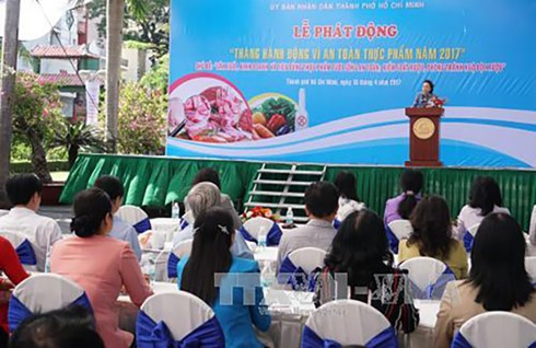 Action month tightens food safety  - ảnh 1