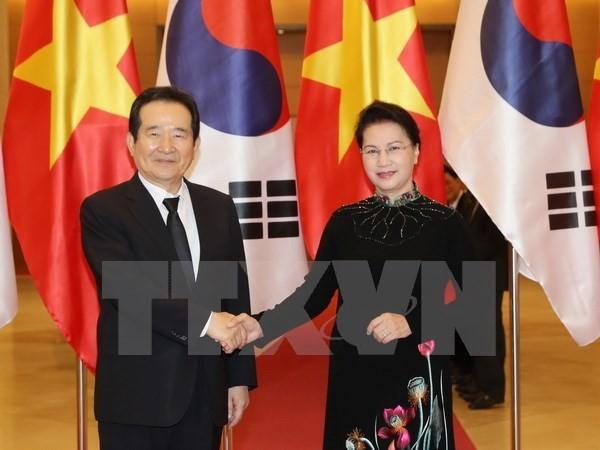 Top legislators seek ways to expand Vietnam-RoK relations - ảnh 1