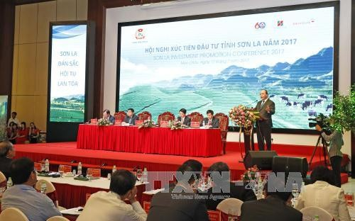 PM encourages investment in remote areas - ảnh 1