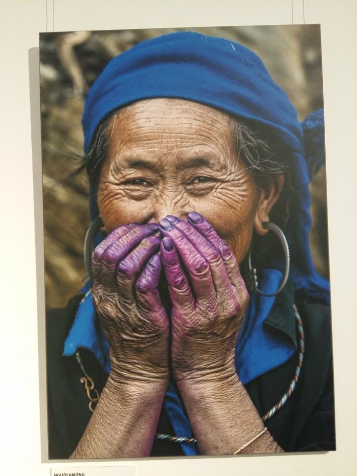 Vietnam's ethnic minorities through the lens of French photographer  - ảnh 1